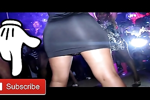 Twerk Alert 3 - Twerking Ass In Da Club