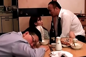 Japanese wife fucked next to pinch pennies (Full: bit.ly/2PhtJTr)